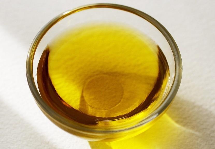 Vaso de aceite de oliva virgen extra